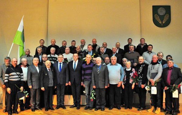 Apbalvo ar Černobiļas AES avārijas seku likvidēšanas piemiņas zīmēm dalībniekus no Ludzas un Kārsavas