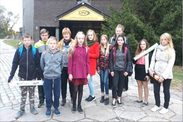 """Ciblas vidusskolas skolniece piedalās LTV raidījumā """"Gudrs, vēl gudrāks"""""""