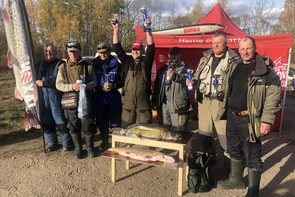 Makšķerēšanas sacensībās uz Ludzas ezera noķer 7,460 kg lomu