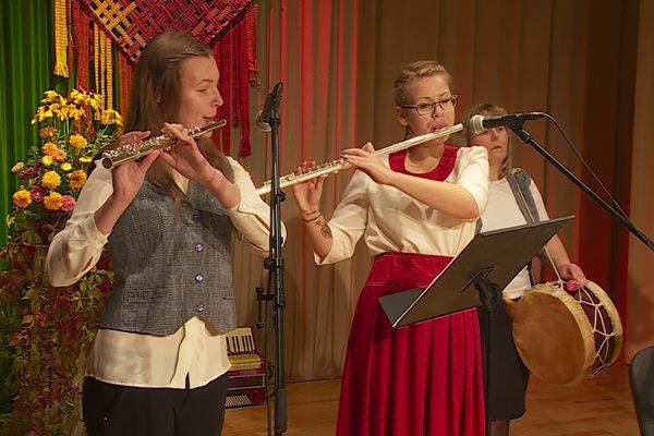 Tautas muzikantu saiets Pušmucovā pulcē 18 muzikantus un 5 kapelas