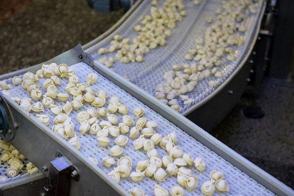 """Pelmeņu ražotājs """"Ariols"""" par 320 000 eiro plāno iegādāties jaunas iekārtas"""