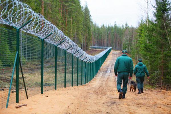 Par nelikumīgu robežas šķērsošanu aiztur 6 personas