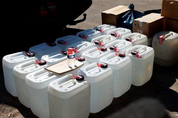 Ludzā izņem 1300 litrus nelegāli saražota alkohola