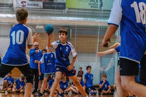 Bērni var paspēt pieteikties minihandbola turnīram Ludzā