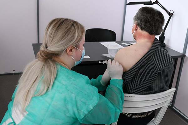 Ģimenes ārsti atzīst vakcinācijas nozīmību